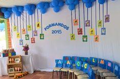Graduation crafts for preschoolers Graduation Crafts, Pre K Graduation, Graduation Theme, Kindergarten Graduation, Preschool Classroom, Kindergarten Activities, Classroom Decor, Preschool Activities, Diy Birthday Decorations