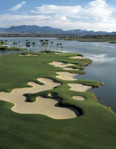 http://www.lasvegasgolf.com/departments/photo-galleries/images/preview/16153.jpg