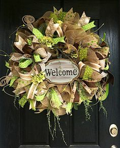 Need a new wreath idea? How to Make Burlap and Mesh Wreaths. Look at these wreath ideas to use deco mesh ribbon to brighten your home this season. Thanks Etsy Shop 'Shelly's Chic Designs' for letting us feature! Ribbon Wreath Tutorial, Burlap Ribbon Wreaths, Deco Mesh Ribbon, Deco Mesh Wreaths, Floral Wreaths, Diy Ribbon, Wreath Crafts, Diy Wreath, Wreath Ideas