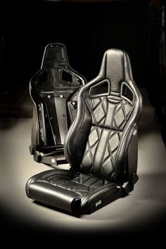 Recaro seats upgraded in excecutive soft leather for your Landrover defender by Ruskin Design.