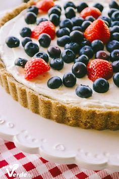 Gust Verde: Tarta delicioasa cu crema de mascarpone si aroma de lime. (Fara coacere, fara zahar)