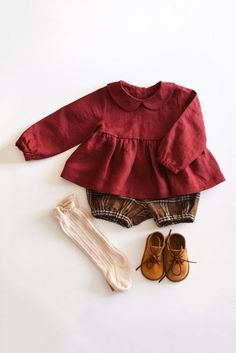 Fall Baby Outfit Linen Blouse with Peter Pan Collar and Plaid Linen Short Linen Bloomers Baby girl style Little Girl Outfits, Toddler Outfits, Toddler Girls, Baby Girl Dresses, Baby Dress, Dress Girl, Ruffle Dress, Baby Girl Fashion, Kids Fashion