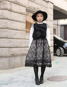 That is a really gorgeous skirt worn with a Comme des Garcons shirt! Kfashion Street Style Seoul