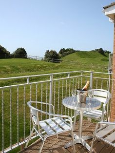 Westfields Holiday Apartments - Self Catering Holidays in Bonchurch, Isle of Wight. 1 bedroom + sofa bed - sleeps up to 4 people. Bedroom Sofa, One Bedroom, Pet Friendly Holidays, Holiday Apartments, Holiday Accommodation, Outdoor Furniture Sets, Outdoor Decor, Isle Of Wight, Lodges