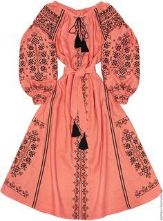 Купить или заказать Длинное платье  Девичье Обольщение  в интернет-магазине  на Ярмарке Мастеров 45ecb7472f84c