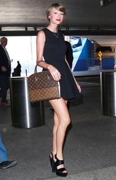 Taylor Swift makes a classic LBD look ultra modern.