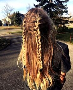 34 Cute and Easy Long Hairstyles for School 34 Cu - Frauen Haar Modelle Summer Hairstyles For Medium Hair, Cute Hairstyles For Teens, Cute Hairstyles For School, Cute Simple Hairstyles, Cool Hairstyles, Hair Ideas For School, Easy Long Hairstyles, Everyday Hairstyles, Ponytail Hairstyles