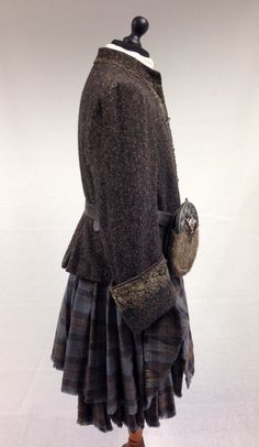 Colum MacKenzie's Gathering Kilt | Outlander S1E4 'The Gathering' on Starz | Costume Designer TERRY DRESBACH | www.terrydresbach.com