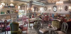 Shakespear and Co, UAE