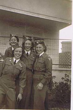 A group of army flight nurses ~