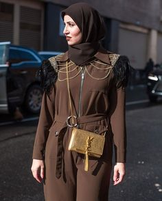 Getting royal vibes from these gold chains on brown fabric  #nyfw #streetstyle Photo by @franeymiller  via NYLON MAGAZINE OFFICIAL INSTAGRAM - Celebrity  Fashion  Haute Couture  Advertising  Culture  Beauty  Editorial Photography  Magazine Covers  Supermodels  Runway Models