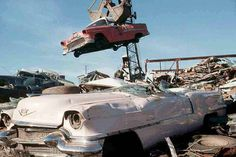 Scrap Auto Salvage Yard a 55 Chevy carried by crane 4 x 6 Photograph Vintage Cars, Vintage Photos, 1955 Chevy, Twisted Metal, Cadillac Eldorado, Abandoned Cars, Us Cars, Model Trains, Cutaway
