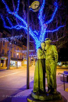 """MNQA28 - Manosque, sculpture """"Le froid"""" - Alpes de Haute Provence 04"""