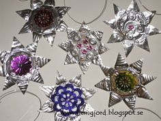 Hemgjord: Söta stjärnor av värmeljushållare Easy Christmas Ornaments, Simple Christmas, Christmas Crafts, Wire Crafts, Decor Crafts, Diy And Crafts, Pop Can Art, Altered Tins, Pop Cans