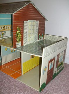 GENUINE MARX COLLECTIBLE HOUSE!MARX MARXIE MANSION - TIN LITHO TWO-STORY DOLLHOUSE   ACCESSORIES, FURNITURE, AND PEOPLE. THIS MIXED LOT HAS PIECES THAT VARY IN CONDITION. SOME OF THE FRAGILE PLASTIC ACCESSORY PIECES HAVE CRACKING AND BROKEN PARTS. | eBay!
