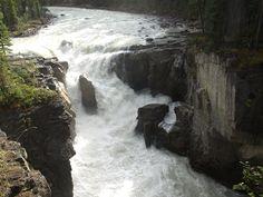 Sunwapta_Falls.JPG (3648×2736)
