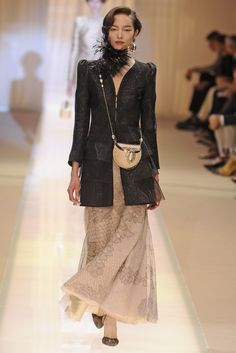 Armani Prive Fall/Winter 2013/2014. I love this purse!
