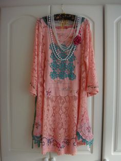 Plus Size 1920's Style Peachy Pink Vintage Cotton Lace Draped Dress with Christmas Green And Vintage Embroidery