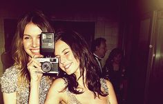 Cassie and Effy (Hannah Murray and Kaya Scodelario)