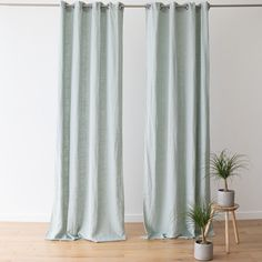 Every room needs the perfect set of curtains to finish off its look. Our Terra linen curtains come in a choice of 8 elegant colours and will add a natural, easy-going charm to your home! Linen Bed Sheets, Linen Curtains, Curtain Fabric, Linen Bedding, Bed Linen, Bath Linens, Kitchen Linens, How To Dye Fabric, Table Linens