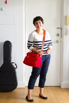 Amber's Cambag in red
