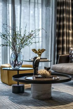 Luxury Home Decor, Luxury Interior Design, Interior Styling, Luxury Homes, Luxe Decor, Interior Decorating, Decorating Ideas, Table Furniture, Luxury Furniture