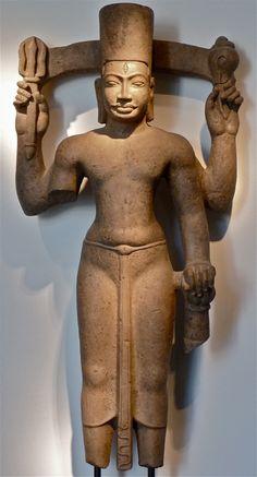 Harihara Pre Khmer 7th/8th century Polished hard-stone 80 cm high