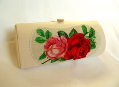 cylindrical, wooden, small purse covered in canvas Tissue Holders, Beautiful Bags, Purses, Canvas, Mai, Vintage, Clutches, Handbags, Tela