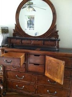 Best American Signature West Indies Bedroom Set There Is 400 x 300