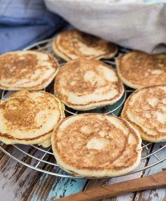Glutenfritt bröd – Stekpannebröd | Fredriks fika New Recipes, Crockpot Recipes, Healthy Recipes, Healthy Food, Lchf, Food Map, Savoury Baking, Gluten Free Baking, Cravings