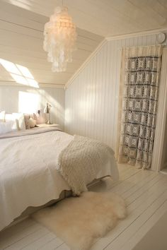 pretty bedroom bedroom idea bedroom Really love this bedroom. Modern Bedroom Design Ideas - Home and Garden Design Ideas Diy Closet Doors, Closet Curtains, Door Curtains, Doorway Curtain, Attic Closet, Lace Curtains, Drapery, Home Bedroom, Bedroom Decor