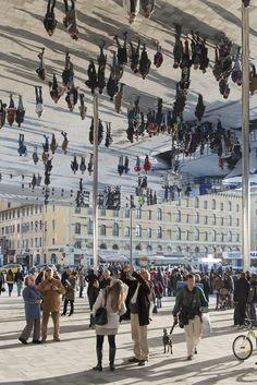 Marseille Vieux Port, Marseille, 2013 - Foster + Partners #mirror #architecture #people