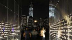 Direcciones clave y rutas detalladas para exprimir una escapada a Nueva York Our World, Cool Lighting, Skyscraper, Multi Story Building, Nyc, Harvest Moon, Amazing, Interior, Photography