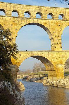 Pont du Guard, Roman aquaduct built in 60 A.D. crossing the Gardon River, France