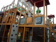 Like Angry Birds? Go to an Angry Birds theme park!