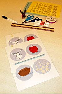 """Jesse Tree Ornaments (3.5"""" & 7.5"""") FREE printables with reflections"""