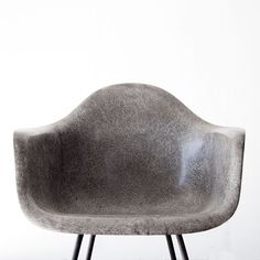 Periods & Styles Chairs Orderly Elephant Hide Gray Eames Herman Miller Molded Fiberglass Dax Arm Shell Chair H B And To Have A Long Life.