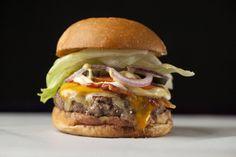 http://fotos.estadao.com.br/galerias/paladar,os-10-melhores-hamburgueres-de-sao-paulo,28652