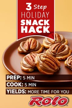 Make a delicious homemade holiday treat in only 5 minutes with ROLO® Pretzel Delights. This quick recipe only requires 3 ingredients! Holiday Snacks, Christmas Snacks, Christmas Cooking, Holiday Recipes, Christmas Diy, Xmas, Delicious Desserts, Dessert Recipes, Yummy Food