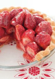 Foxy Strawberry Pie! #pie #organic #strawberry #food #foxy