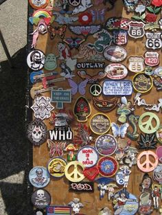 Badge & Pin Street Vendor, Berkeley http://www.touristlink.com/user/david-urmann/album/my-photos.html