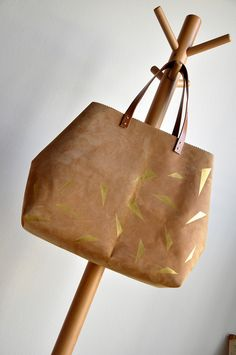 Leather and gold bag  :: the DIY instructions.