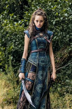 Ella-Rae Smith as Nix - Into the Badlands _ Season Episode 1 - Photo Credit: Aidan Monaghan/AMC Warrior Outfit, Female Warrior Costume, Warrior Fashion, 3 People Costumes, Into The Badlands, Fantasy Dress, Fantasy Clothes, Fantasy Outfits, Girl Fashion