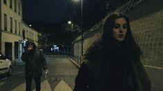 A rua nem sempre é um lugar acolhedor para uma mulher - este é o tema que serve de alerta e reflexão do curta-metragem francês