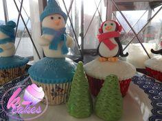 Penguin Cupcakes, Cupcake Cakes, Snowman, Facebook, Desserts, Christmas, Food, Tailgate Desserts, Xmas