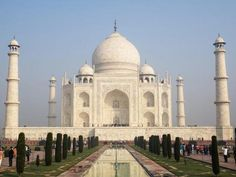 These are the top 7 Wonders of the World, as voted on by 100 million people.