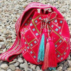 Wayuu Mochila bag Crochet Art, Tapestry Crochet, Mochila Crochet, Tapestry Bag, Lion Brand Yarn, Types Of Bag, Tribal Fashion, Handmade Bags, Couture