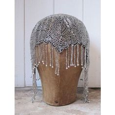 vintage headdress in a skull cap style; the glass beads dangle over the eyes. by Elise Gilbert Flapper Style, 1920s Flapper, 1920s Style, Vintage Dresses, Vintage Outfits, Vintage Fashion, Fashion 1920s, Victorian Fashion, Fashion Fashion