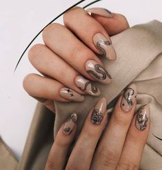 42 Sophisticated Grunge Nails Ideas Can Make You Looks More Elegant - Nails Art Rock Nails, Fire Nails, Purple Nail Art, Yellow Nails, Nail Swag, White Glitter Nails, Silver Nails, Grunge Nails, Elegant Nail Art