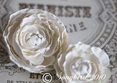 How to Make Plaster Roses from http://www.songbirdblog.com/2010/02/how-to-make-plaster-roses-and-giveaway/